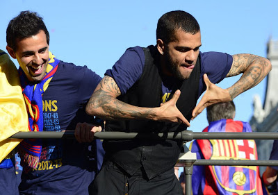 barcelona campeon 2012-2013 dani alves