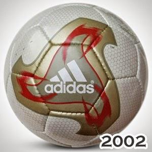 Balón Mundial Corea-Japón 2002 fevernova