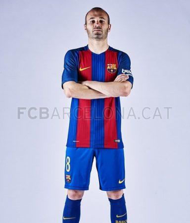 camiseta-Barcelona-2017-iniesta