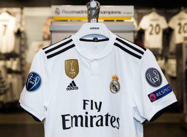 Tecnología y diseño  La camiseta está fabricada en un tejido similar a los  polos de vestir d13fc448c5f5f