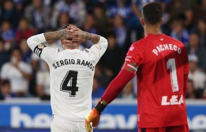 El Alavés vence 1-0 un Madrid